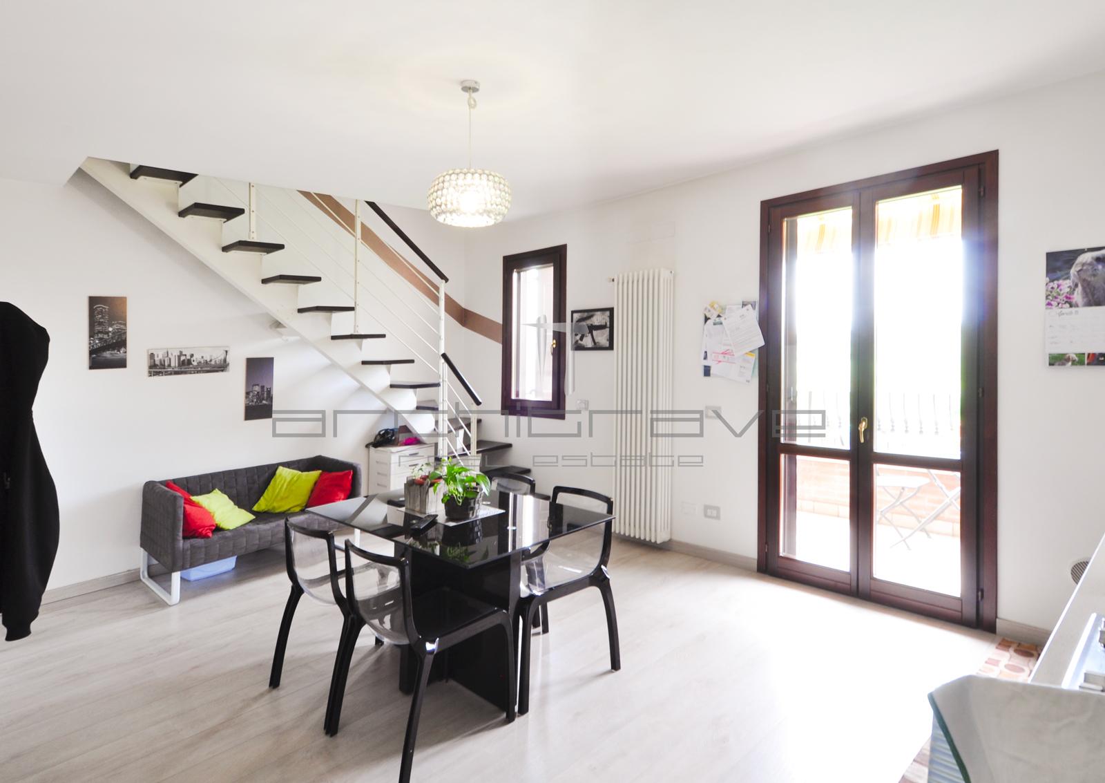 Appartamento su due livelli a Formigine – Rif V066