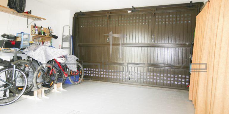 22--Garage