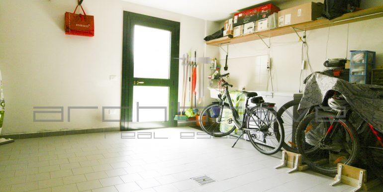 23-Garage-2