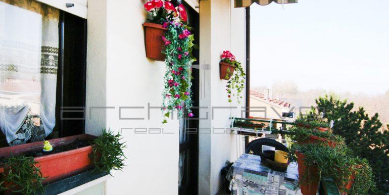 8-esterno-balcone