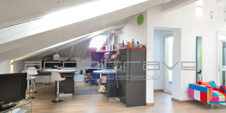 2 soggiorno cucina