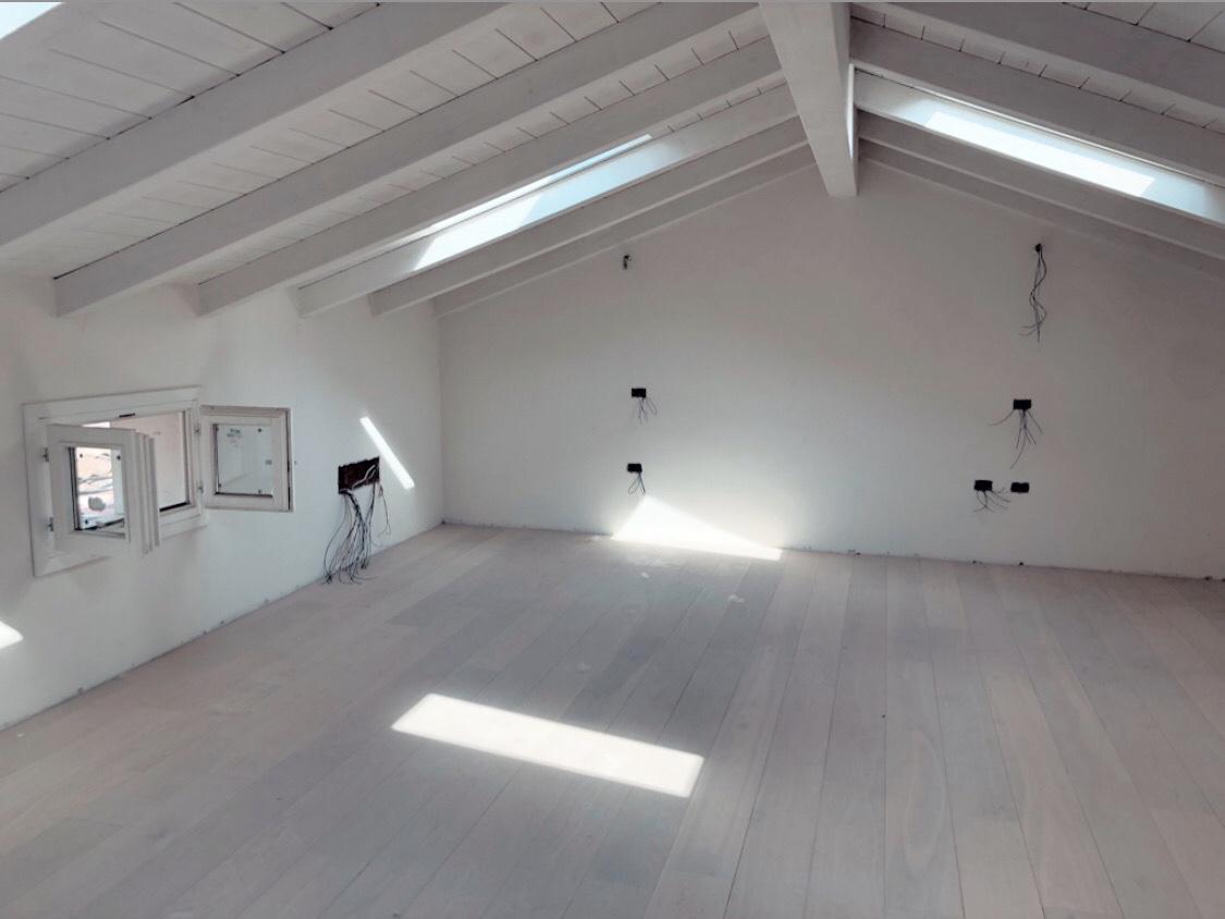 Appartamento su 2 livelli – V170