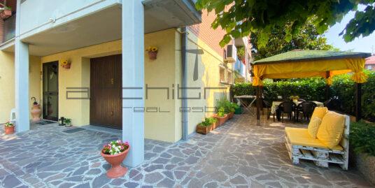 Villa a Schiera a Magreta- V245